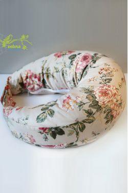 """Подушка для кормления Velina """"Розы"""""""
